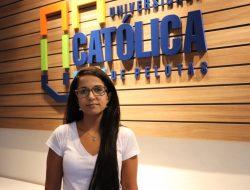 Camila Ferrúa é a nova docente dos cursos de Medicina e Farmácia
