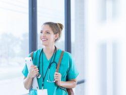 Estudante de medicina: conheça os desafios enfrentados durante a graduação