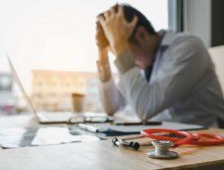 O que é Síndrome de Burnout? Saiba como ela acontece e quais os sintomas!