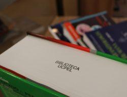 Biblioteca da UCPel recebe mais de 60 novos títulos