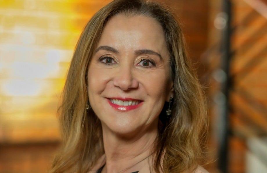 Professora da UCPel recebe prêmio dos EUA na área de nutrição clínica
