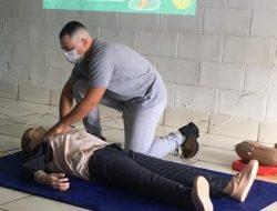 Projeto Salvar treina agentes comunitários para primeiros socorros